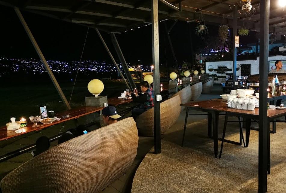 Pupuk Bawang Cafe